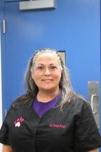 https://www.asheboroanimalhospital.com/wp-content/uploads/sites/14/2021/06/Dr.-Tonya-Boyd.jpg